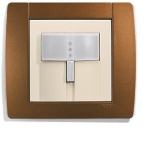 Interrupteur pour gérer un allumage automatique des pièces